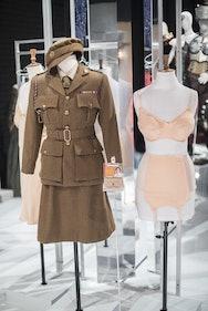Military costume and women's underwear
