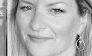 Black and white image of Victoria Clark